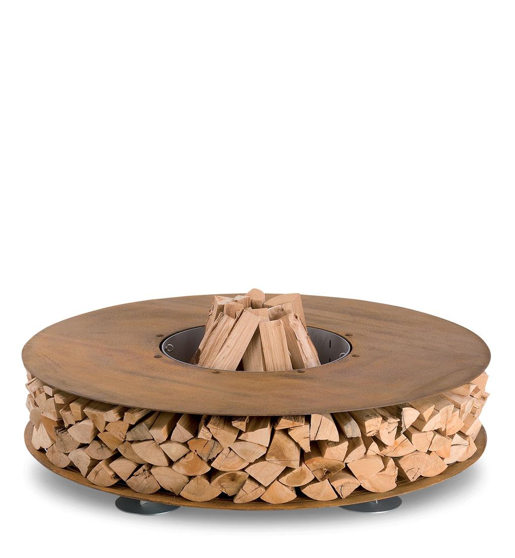 дровница из дерева для дома