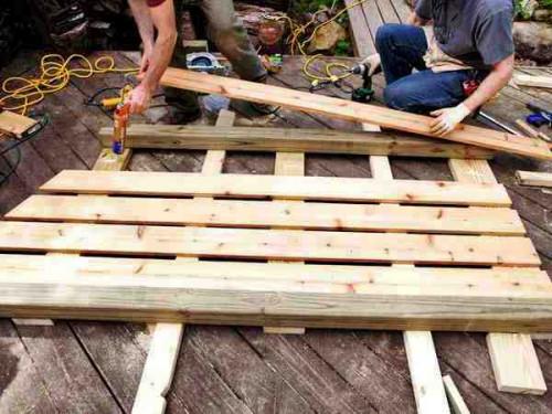 как построить дровницу