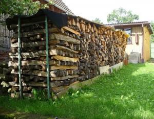 как уложить дрова