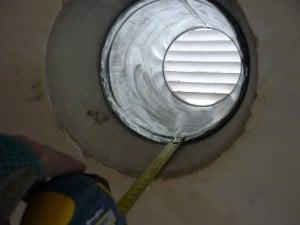 дымоход закрытый решеткой