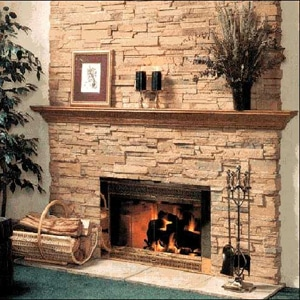 Применение декоративного камня в отделке камина
