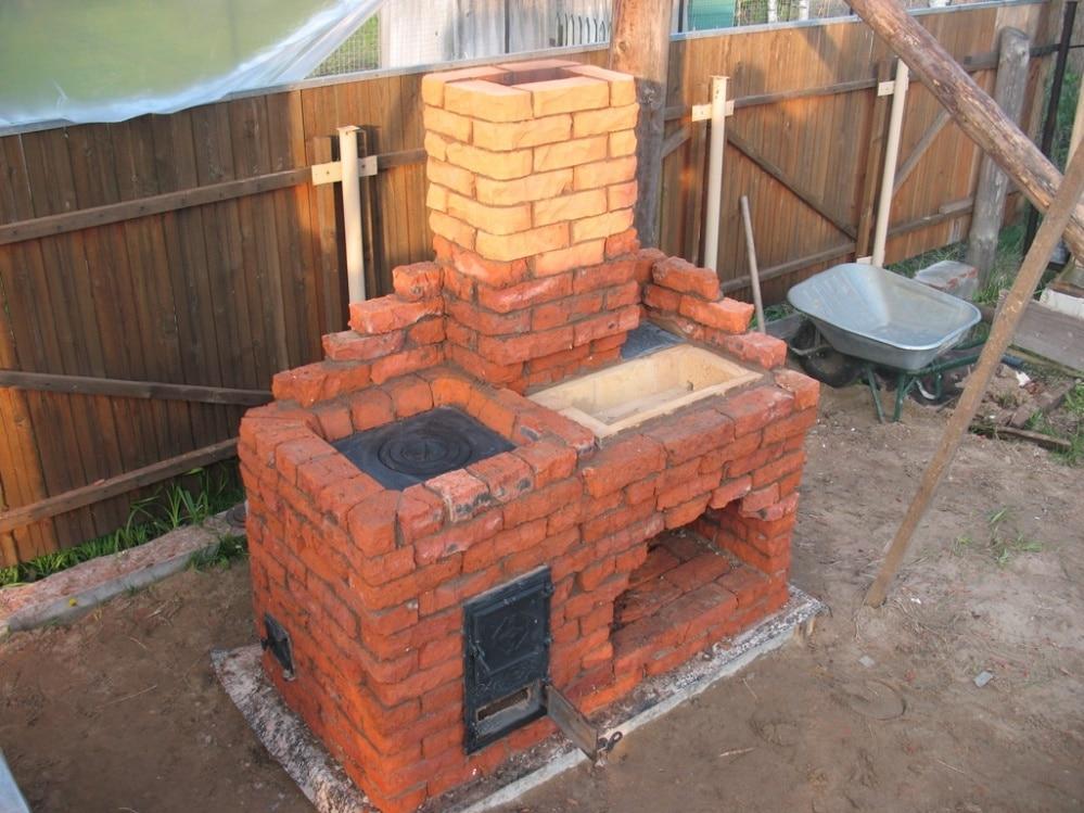 Садовая печка из кирпича своими руками