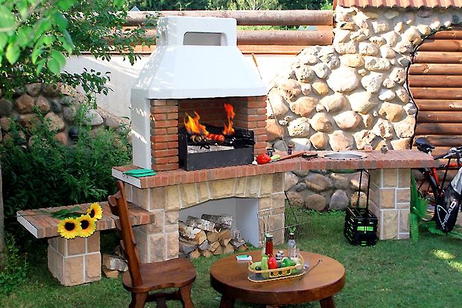 Строим сами садовую печь-барбекю как построить из кирпича барбекю с вертелом